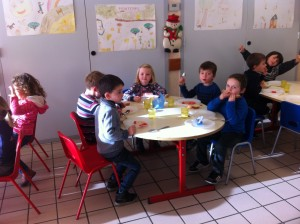 mairie 2016-06 cantine petits