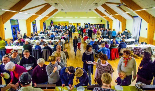 2017-01-raclette-ecole-st-michel-les-convives