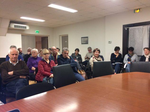 Trévou-Tréguignec une trentaine de personnes à la réunion «tourisme» proposée aux  loueurs saisonniers