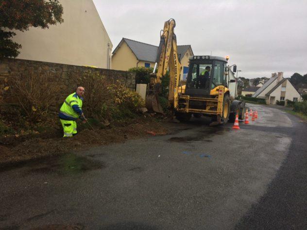 Trévou-Tréguignec Les services techniques finissent de mettre en place le réseau d'eaux pluviales rue de Saint Guénolé