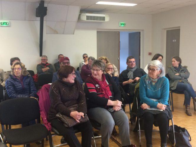 Trévou-Tréguignec  une trentaine de participants à la réunion de préparation de l'accueil des Lantiers; possibilité de s'inscrire pour les accueillir ce samedi 24 mars à 18h/18h30 en participant au buffet