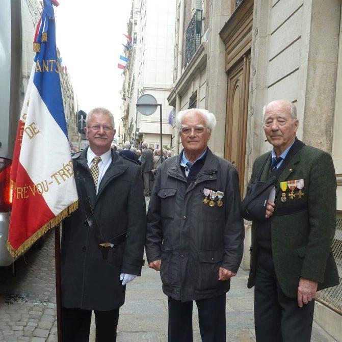 Trévou-Tréguignec COMMÉMORATION DU CENTENAIRE DE LA CRÉATION DE L'UNC PAR LES ASSOCIATIONS DE COMBATTANTS  une délégation trévousienne à Paris