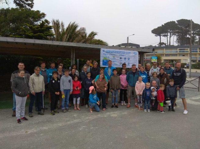 Trévou-Tréguignec Belle participation au nettoyage de plages organisé par  «le Trestel Surf Club» ce samedi 26 mai