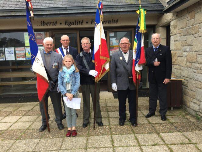 Trévou-Tréguignec Les anciens combattants, les élus, la population  réunis ce mardi 8 mai pour commémorer le 8 mai 1945 fin de la 2ème guerre mondiale; (ici photos 2018 et 2017)