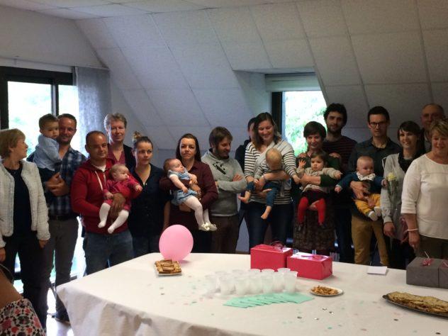 Trévou-Tréguignec quelques-uns des 14 Bébés nés depuis le 27 juin 2017 ont été reçus  en mairie ce dimanche 10 juin