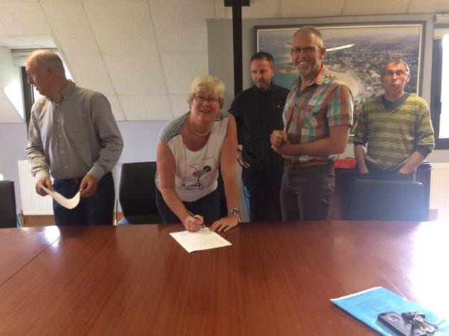 Trévou-Tréguignec Jumelage avec Lans -en-Vercors:  la Convention entre la mairie et le comité de jumelage a été signée