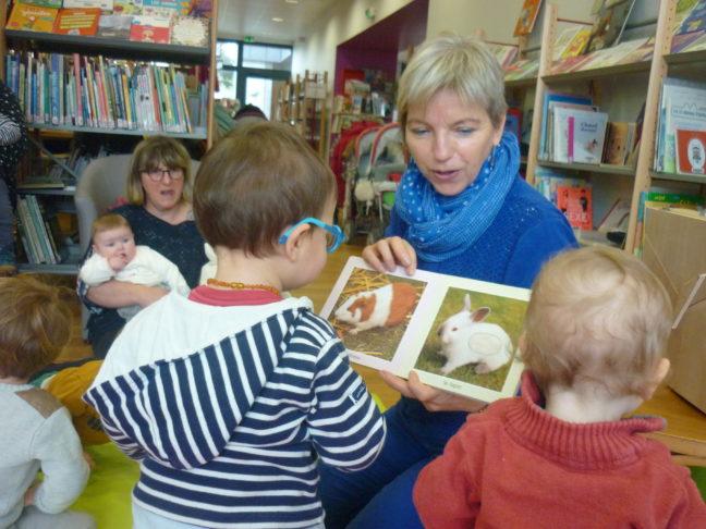 photos de l'atelier lecture pour les tout-petits du  jeudi  21 mars à la bibliothèque (et aussi  photos des précédents ateliers)