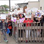 Les enfants de l'école de Lans en Vercors accueillis dans les écoles de Trévou vendredi    (photos)