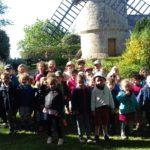 Du grain au pain…. les maternelles de Trélévern (RPI- Trévou-Trélévern) en visite au moulin de Crec'h Olen au Yaudet puis en visite à l'Imagerie