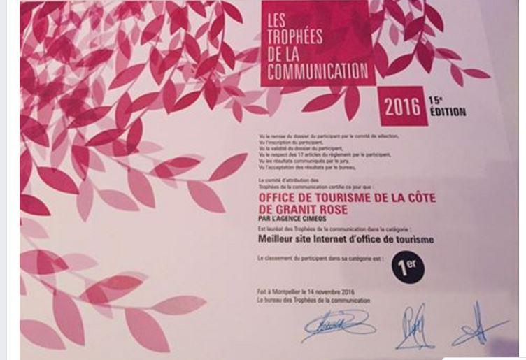 Trophée de la communication l'Office de Tourisme de la Côte de Granit Rose  décroche le 1er prix à Montpellier
