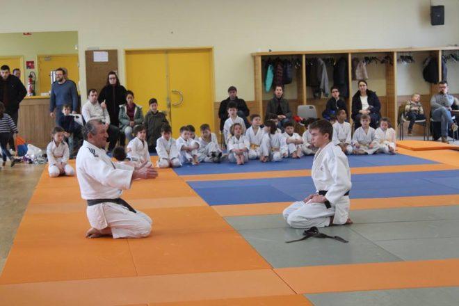 Ce week-end stage de judo à la salle polyvalente de Trévou: du beau  spectacle… ouvert à tous, buvette, gâteaux, crêpes