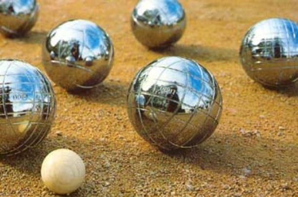 La 1ère journée du championnat de boules dimanche en partie à Trévou