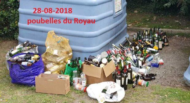Trévou-Tréguignec plusieurs points de collecte des ordures ménagères sur la commune, vidés régulièrement…. ce serait beaucoup mieux de mettre les déchets  dans les conteneurs….
