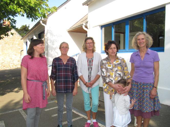 Trévou-Tréguignec la rentrée au RPI (Regroupement Pédagogique Intercommunal) c'est aussi à Trélévern en maternelles et  chez les plus jeunes élémentaires