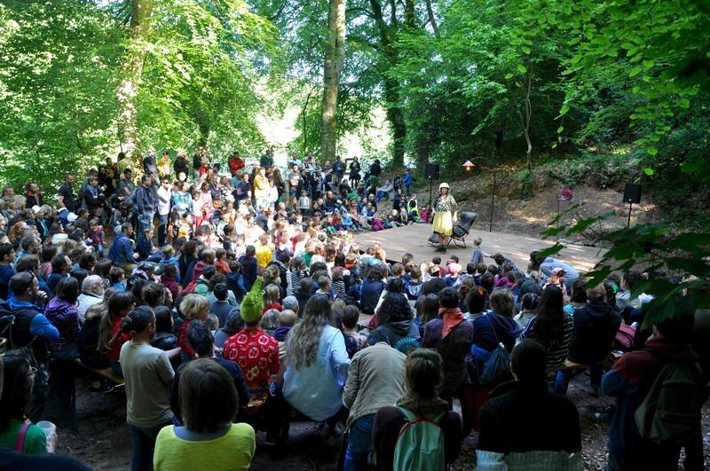 LéZarts en Grange au Boisriou ? un événement attendu par tous mais qui ne pourra avoir lieu le 30 mai… Il est possible de soutenir le spectacle vivant…