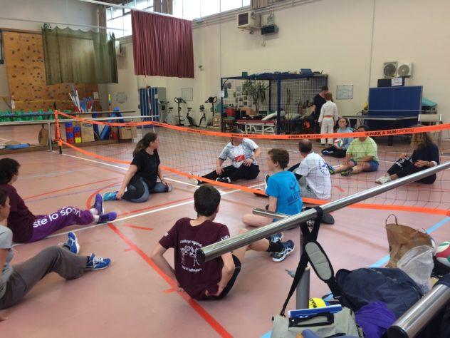 Volley Santé à Trévou-Tréguignec le lundi de 18h15 à 19h30  à la salle polyvalente pour tous, ados, adultes