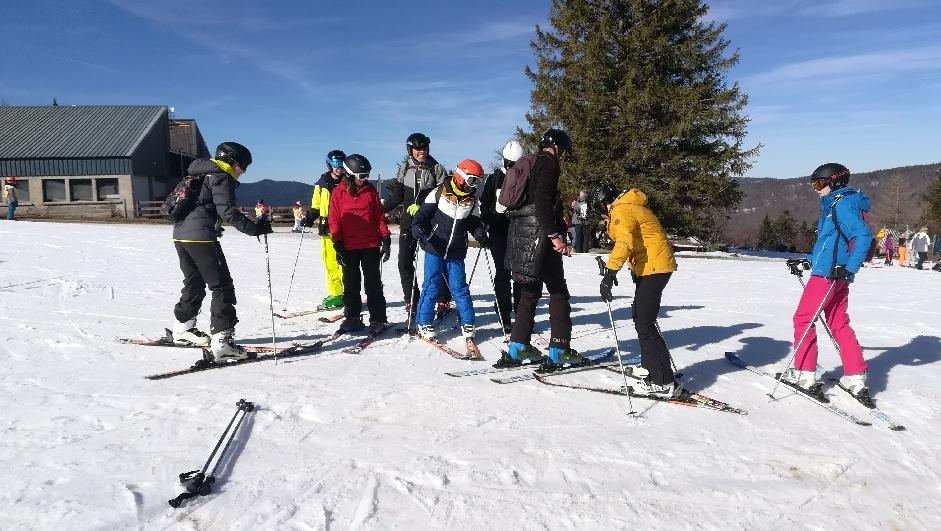 """Jumelage un """"rapport très détaillé"""" du voyage  des ados en séjour ski à Lans en Vercors (reportage textes et photos de David et Éric: un régal !!)"""