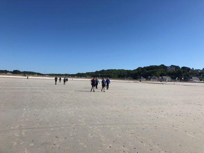 Les cours de longe-côte encadrés par Valentin ont repris en petits groupes sur inscriptions  (Fit Ocean) à Trestel en Trévou-Tréguignec