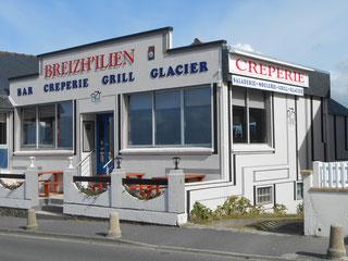 """La crêperie le """" Breizh'ilien""""  de Trestel en Trévou-Tréguignec  ouvert tous les jours en juillet août, non stop."""