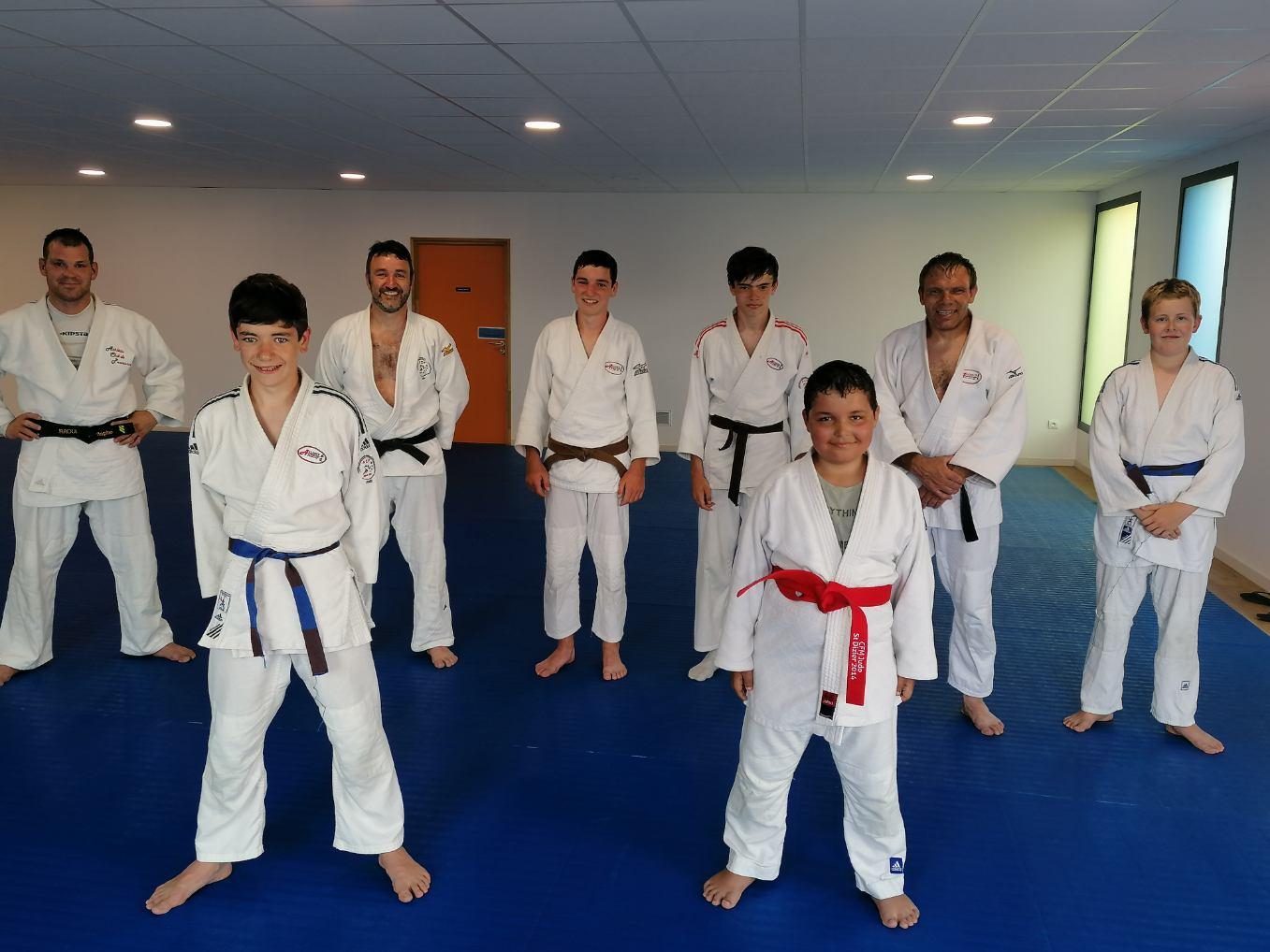 Les judokas ont rendez-vous le mercredi à 19h à la salle de sports, Trévou-Tréguignec