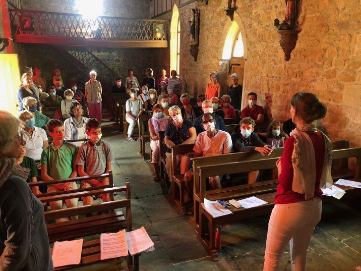 2 Concerts à la chapelle de St Guénolé  avec des chanteurs du Vercors et d'ailleurs… (photos du 21/08 et du 28/08)