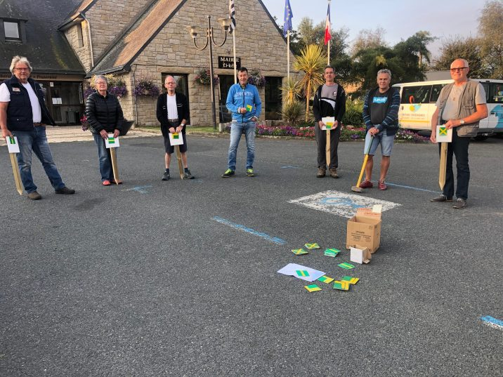 Randonnée : Les balises ont été posées ce samedi de Trestel au Boisriou et à Port-Le-Goff en Trévou-Tréguignec (chantier à finir)
