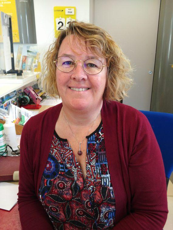 Une femme à l'honneur!  à Trévou… à l'Agence Postale Communale