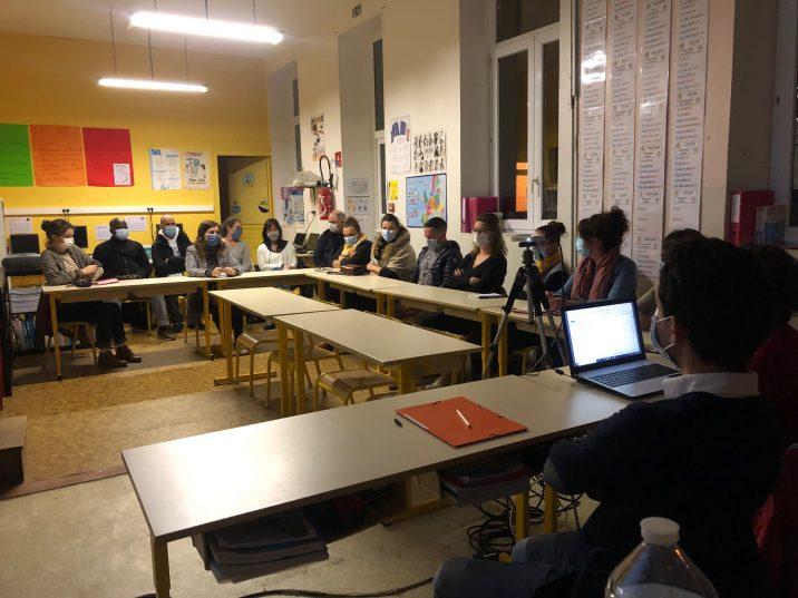 Sandrine Jolivet directrice de l'école St Michel de Trévou-Tréguignec a accueilli les parents pour les Assemblées Générales OGEC et APEL