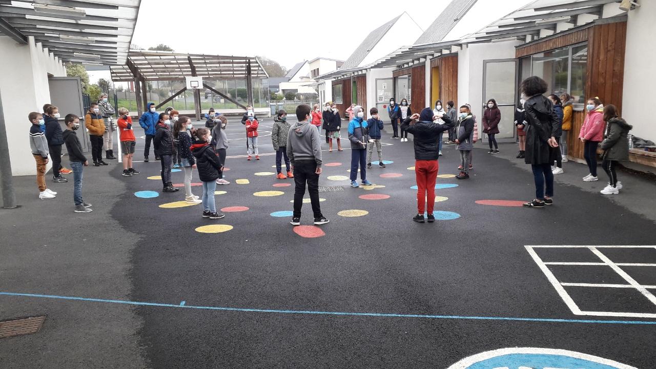Écoles Trévou-Tréguignec : une minute de silence en hommage à Samuel Paty et autres victimes d'attentats
