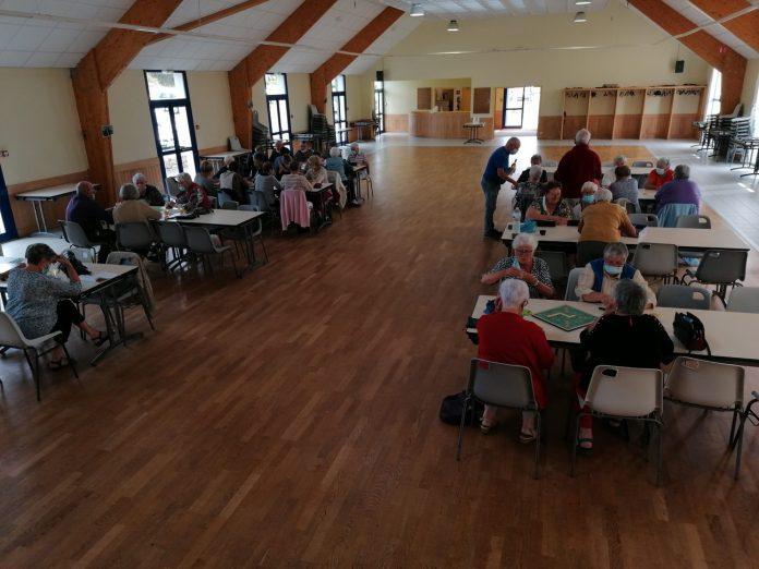 L'Amicale des Joyeux Retraités de Trévou a rassemblé les adhérents pour une après-midi de retrouvailles et de jeux. Prochain rendez-vous le 11 octobre pour un loto interne